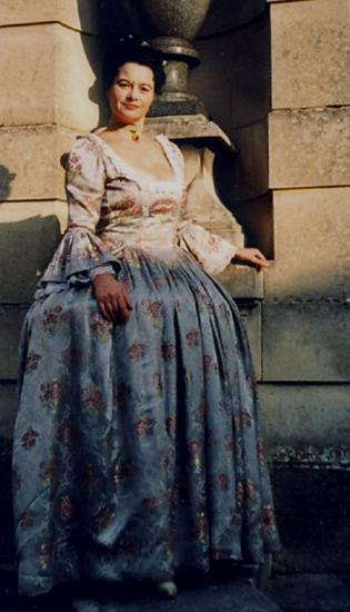 Roxane Lebrun : Dame de Cie de la fille de LouisXV